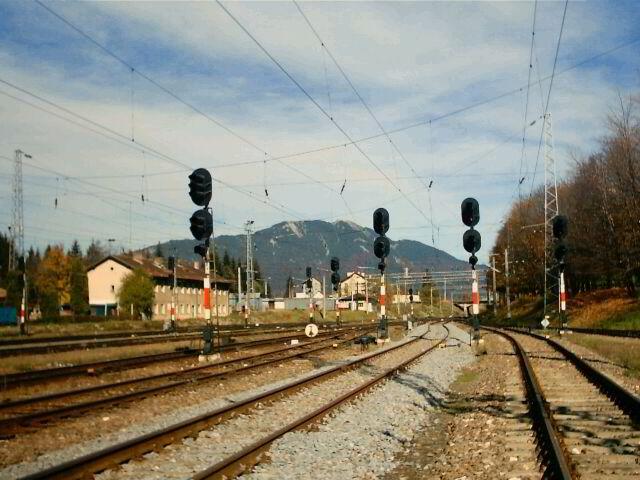 Cum am pierdut trenul, uitându-ne la el cum pleacă