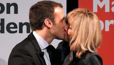 Emmanuel şi Brigitte Macron